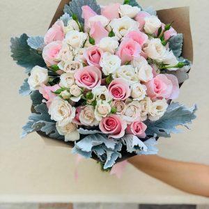 Ramo Rosas Hermosas y Mini Rosas