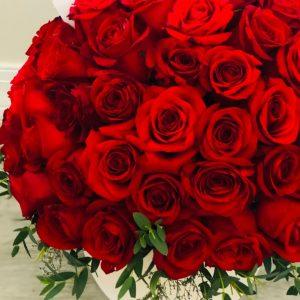 Esfera de Rosas Rojas